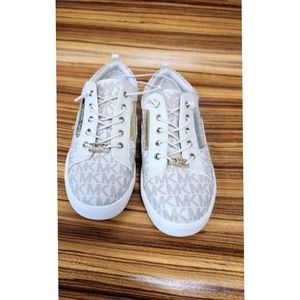 (New) Michael Kors sneakers. Size 33